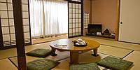 10畳+6畳の広々「櫻山」
